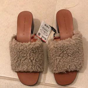 Zara furry sandals size 38/7.5